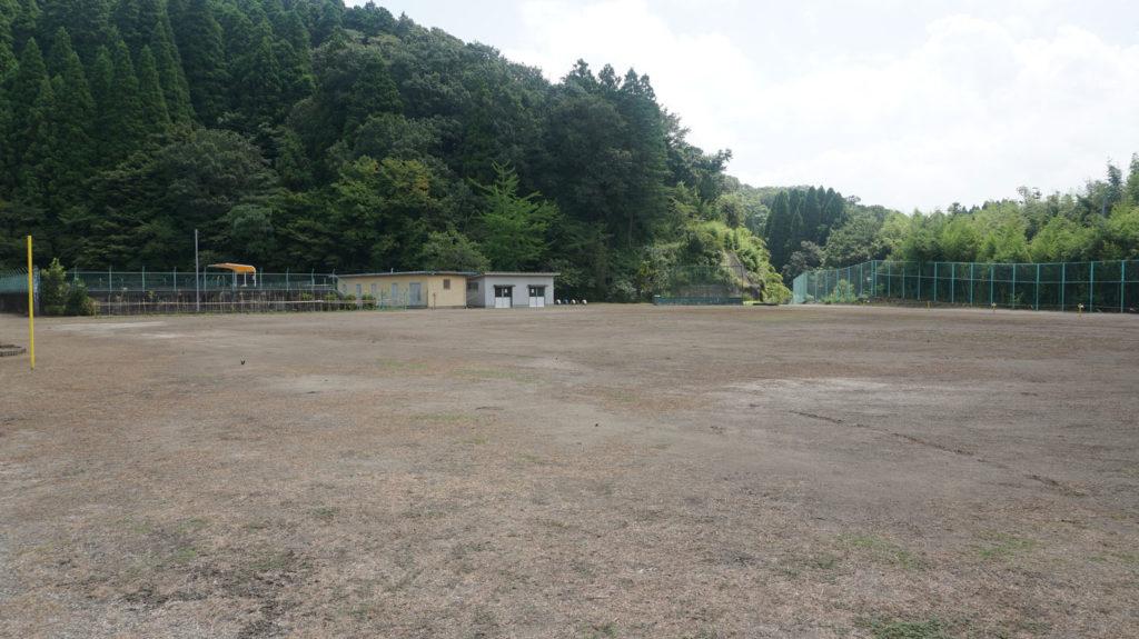 平三小学校グラウンド