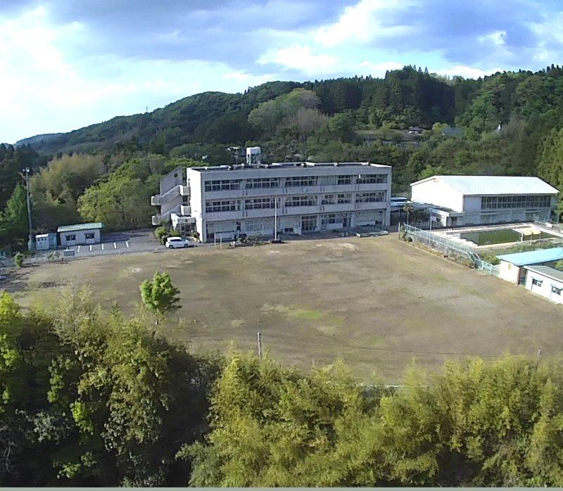 旧平三小学校上空写真